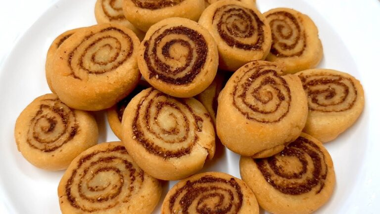 Bhakarwadi Recipe Kaise Banaye In Hindi
